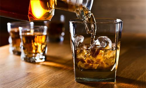 боль в желудке после алкоголя