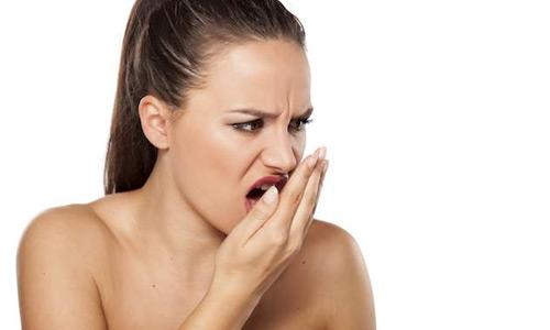 неприятный запах из ротовой полости